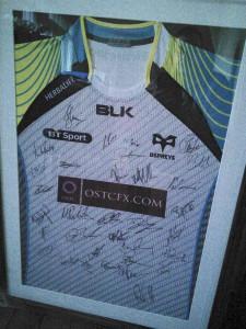 signed shirt xmas